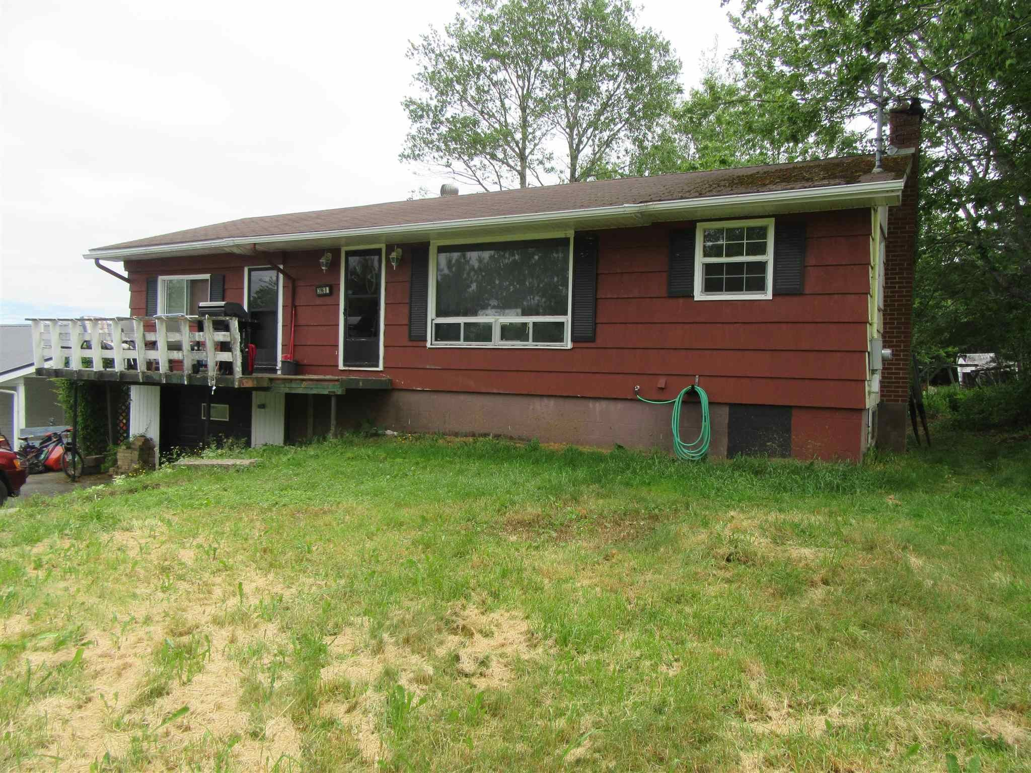 Main Photo: 3968 Highway 7 in Porters Lake: 31-Lawrencetown, Lake Echo, Porters Lake Residential for sale (Halifax-Dartmouth)  : MLS®# 202117111