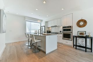"""Photo 6: 15 2825 159 Street in Surrey: Grandview Surrey Townhouse for sale in """"GREENWAY"""" (South Surrey White Rock)  : MLS®# R2286470"""