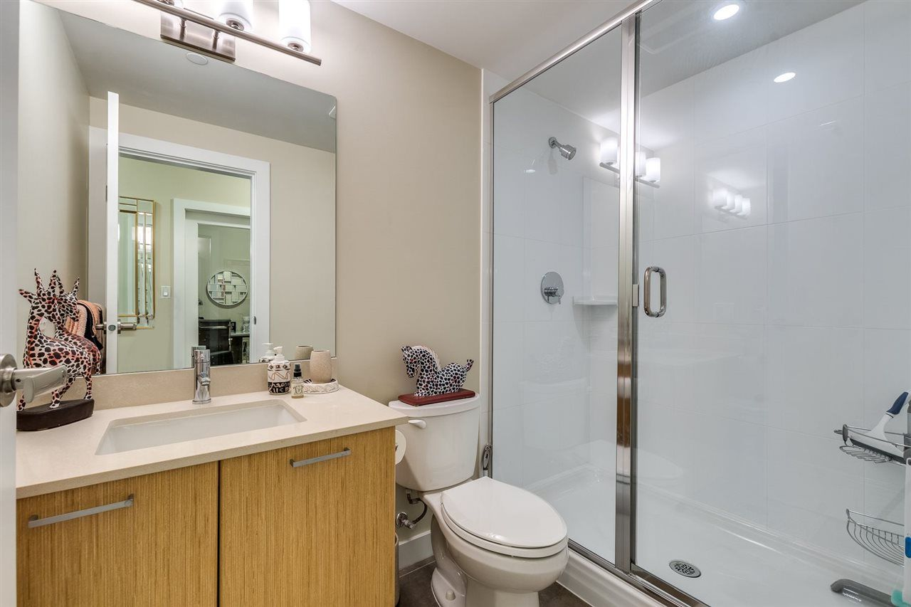 """Photo 26: Photos: 204 301 CAPILANO Road in Port Moody: Port Moody Centre Condo for sale in """"The Residences"""" : MLS®# R2474301"""