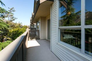 """Photo 9: 60 20350 68 Avenue in Langley: Willoughby Heights Townhouse for sale in """"Sundridge"""" : MLS®# R2312004"""