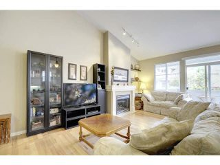 """Photo 3: 48 2588 152ND Street in Surrey: King George Corridor Townhouse for sale in """"Woodgrove"""" (South Surrey White Rock)  : MLS®# F1445170"""