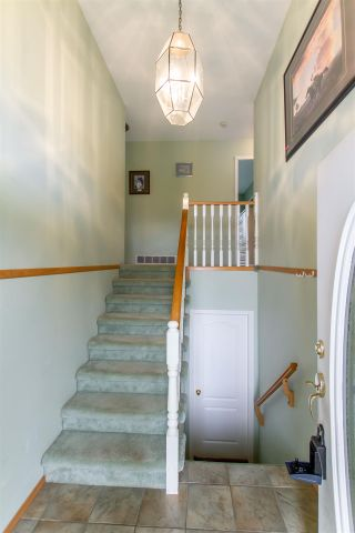 Photo 17: 8459 BENBOW Street in Mission: Hatzic House for sale : MLS®# R2361710