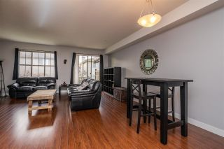 """Photo 3: 70 9525 204 Street in Langley: Walnut Grove Townhouse for sale in """"TIME"""" : MLS®# R2335818"""