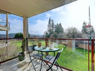 Photo 4: 203 6585 Country Rd in Sooke: Sk Sooke Vill Core Condo for sale : MLS®# 841018