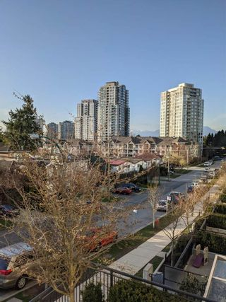 "Photo 30: 5652 ORMIDALE Street in Vancouver: Collingwood VE Townhouse for sale in ""WALL CENTRE CENTRAL PARK"" (Vancouver East)  : MLS®# R2555029"