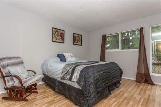 """Photo 13: 881 PINEBROOK Place in Coquitlam: Meadow Brook 1/2 Duplex for sale in """"MEADOWBROOK"""" : MLS®# R2329435"""