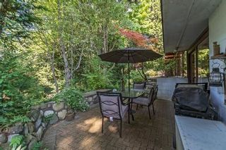 Photo 3: 1745 PALMERSTON Avenue in West Vancouver: Ambleside House for sale : MLS®# R2202036