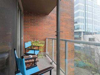 """Photo 18: 407 1575 W 10TH Avenue in Vancouver: Fairview VW Condo for sale in """"TRITON ON 10TH"""" (Vancouver West)  : MLS®# R2580772"""