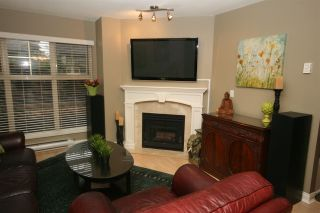 "Photo 3: 52 65 FOXWOOD Drive in Port Moody: Heritage Mountain Townhouse for sale in ""FOREST HILL"" : MLS®# R2012427"