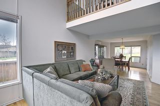 Photo 3: 185 Strathcona Road SW in Calgary: Strathcona Park Detached for sale : MLS®# A1113146