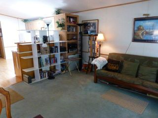 """Photo 9: 26 24330 FRASER Highway in Langley: Otter District Manufactured Home for sale in """"LANGLEY GROVE ESTATES"""" : MLS®# R2264005"""