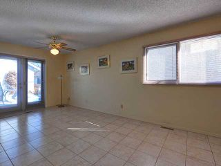 Photo 6: 634 10 Avenue NE in CALGARY: Renfrew_Regal Terrace Residential Detached Single Family for sale (Calgary)  : MLS®# C3582320