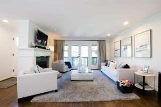 Photo 2:  in Vancouver: Kitsilano 1/2 Duplex for sale (Vancouver West)  : MLS®# R2467366