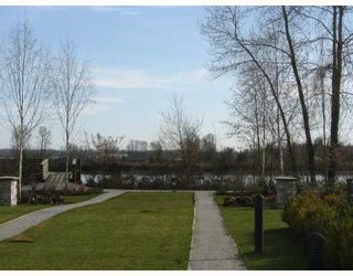 """Photo 8: 7 19452 FRASER Way in Pitt_Meadows: South Meadows Townhouse for sale in """"SHORELINE"""" (Pitt Meadows)  : MLS®# V702540"""