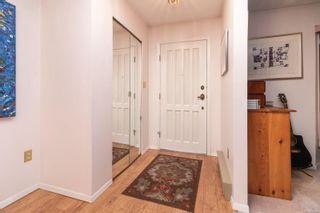 Photo 4: 4251 Cedarglen Rd in Saanich: SE Mt Doug House for sale (Saanich East)  : MLS®# 874948