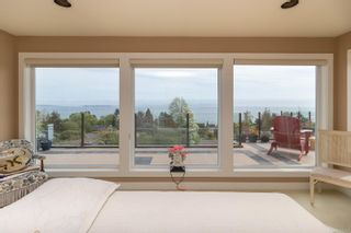 Photo 35: 5064 Lochside Dr in : SE Cordova Bay House for sale (Saanich East)  : MLS®# 873682