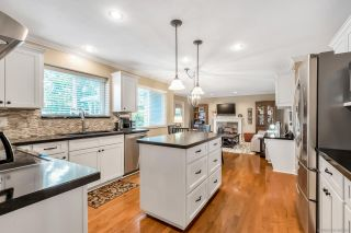 Photo 7: 5745 184A Street in Surrey: Cloverdale BC House for sale (Cloverdale)  : MLS®# R2463961