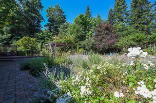 Photo 2: 1025 Vega Rd in : CV Comox Peninsula House for sale (Comox Valley)  : MLS®# 882416