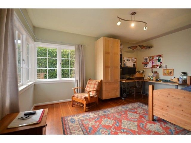 Photo 2: Photos: Mathers Avenue in West Vancouver: Dundarave House for rent