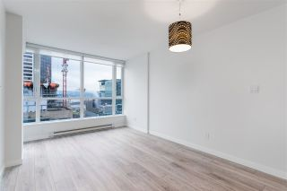 """Photo 5: 2401 833 SEYMOUR Street in Vancouver: Downtown VW Condo for sale in """"CAPITAL RESIDENCES"""" (Vancouver West)  : MLS®# R2544420"""