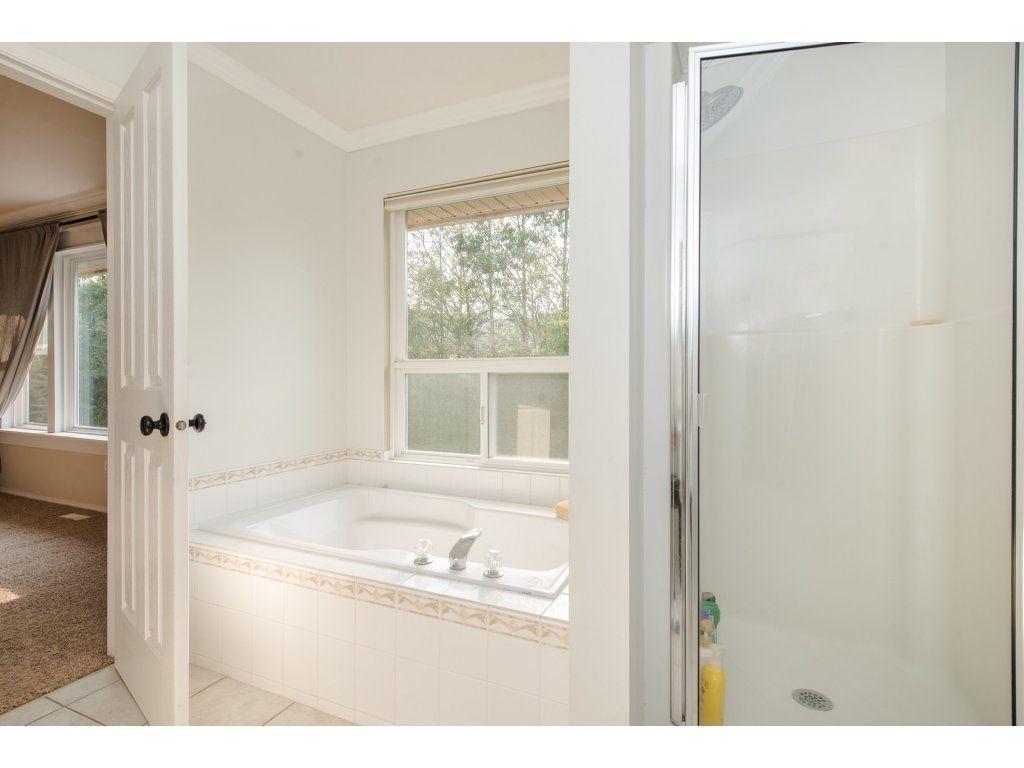 Photo 12: Photos: 5302 TESKEY Road in Sardis: Promontory 1/2 Duplex for sale : MLS®# R2300114