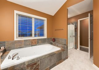 Photo 32: 35 VALLEY CREEK Bay NW in Calgary: Valley Ridge Detached for sale : MLS®# A1119057