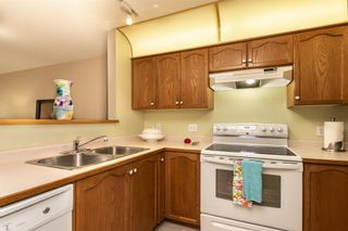 "Photo 10: 217 11605 227 Street in Maple Ridge: East Central Condo for sale in ""THE HILLCREST"" : MLS®# R2382666"