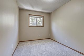 Photo 20: 17 Eversyde Court SW in Calgary: Evergreen Row/Townhouse for sale : MLS®# A1120200