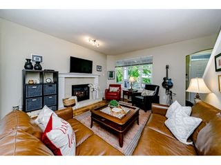 """Photo 3: 10256 243A Street in Maple Ridge: Albion House for sale in """"Country Lane"""" : MLS®# R2394666"""