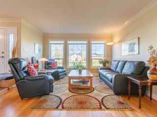 Photo 12: 879 Temple St in PARKSVILLE: PQ Parksville House for sale (Parksville/Qualicum)  : MLS®# 804990