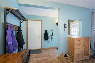 Photo 2: 16 WELLINGTON Cove: Strathmore Row/Townhouse for sale : MLS®# C4258417