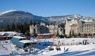 """Photo 5: 310 4557 BLACKCOMB Way in Whistler: Benchlands Condo for sale in """"Le Chamois"""" : MLS®# R2590719"""