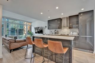 """Photo 2: 515 1283 HOWE Street in Vancouver: Downtown VW Townhouse for sale in """"TATE"""" (Vancouver West)  : MLS®# R2583102"""