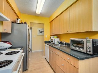"""Photo 8: 108 9847 MANCHESTER Drive in Burnaby: Cariboo Condo for sale in """"Barclay Woods"""" (Burnaby North)  : MLS®# R2580881"""