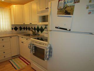 Photo 11: 159 10420 96 Avenue in Fort St. John: Fort St. John - Rural W 100th Manufactured Home for sale (Fort St. John (Zone 60))  : MLS®# R2293944