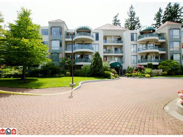 "Main Photo: 203 1725 MARTIN Drive in Surrey: Sunnyside Park Surrey Condo for sale in ""SOUTH WYND"" (South Surrey White Rock)  : MLS®# F1217511"