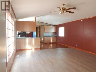 Photo 8: 9903 107 Street in High Level: House for sale : MLS®# A1112555