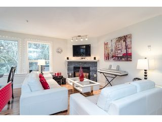 "Photo 5: 111 33718 KING Road in Abbotsford: Poplar Condo for sale in ""College Park"" : MLS®# R2425332"