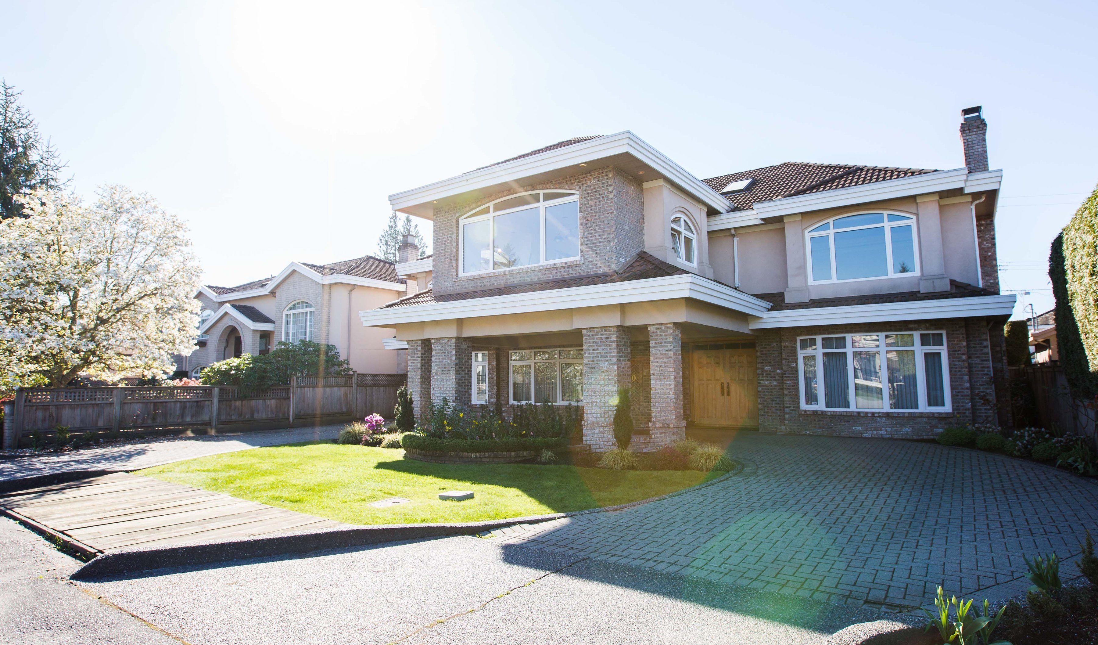 Main Photo: 7820 Broadmoor Boulevard: Broadmoor Home for sale ()  : MLS®# R2051613