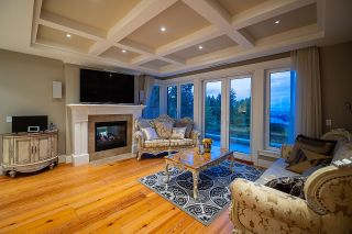 Photo 15: 1479 CHIPPENDALE Road in West Vancouver: Canterbury WV House for sale : MLS®# R2616361