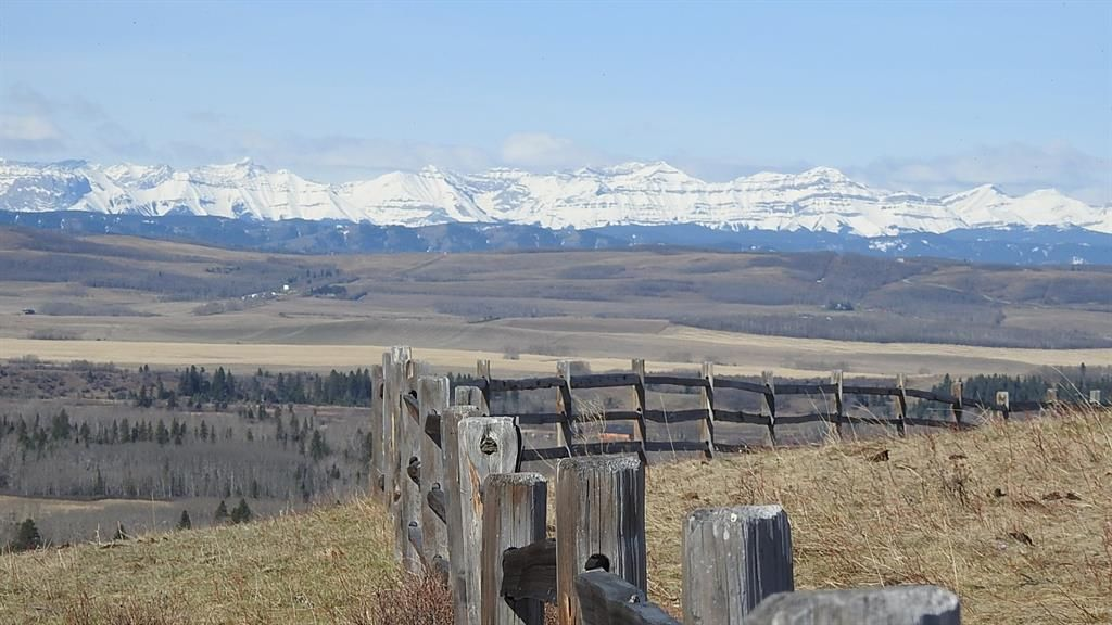 Main Photo: SE 35-20-2W5: Rural Foothills County Residential Land for sale : MLS®# A1101395