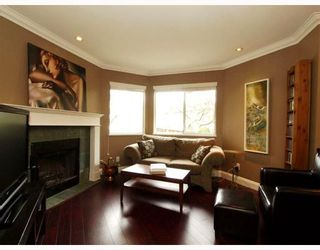 """Photo 5: 642 ST GEORGES Avenue in North_Vancouver: Lower Lonsdale Townhouse for sale in """"St.Georges Court"""" (North Vancouver)  : MLS®# V762753"""
