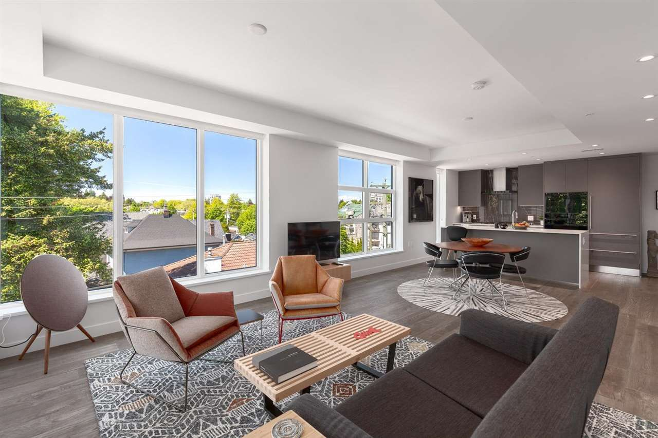 """Main Photo: 305 717 W 17TH Avenue in Vancouver: Cambie Condo for sale in """"Heather & 17th"""" (Vancouver West)  : MLS®# R2581500"""