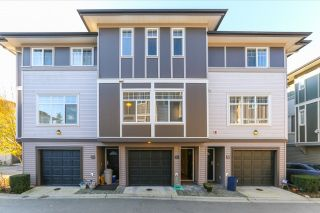 """Photo 1: 51 1010 EWEN Avenue in New Westminster: Queensborough Townhouse for sale in """"WINDSOR MEWS"""" : MLS®# R2017583"""