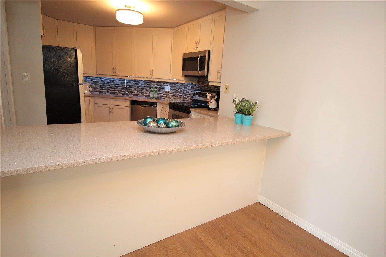 """Photo 13: Photos: 118 1150 QUAYSIDE Drive in New Westminster: Quay Condo for sale in """"WESTPORT"""" : MLS®# R2559746"""