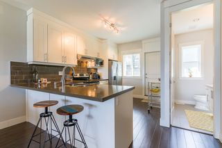 Photo 4: 18 6162 138 Street in Surrey: Sullivan Station Townhouse for sale : MLS®# R2346093