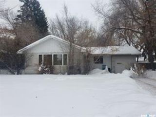 Photo 1: 2101 Taylor Street East in Saskatoon: Holliston Residential for sale : MLS®# SK840778
