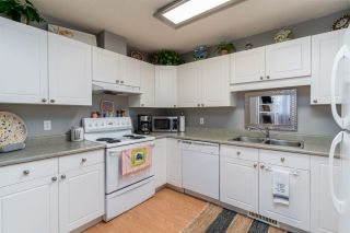 Photo 9: 12237 140A Avenue in Edmonton: Zone 27 House Half Duplex for sale : MLS®# E4230261