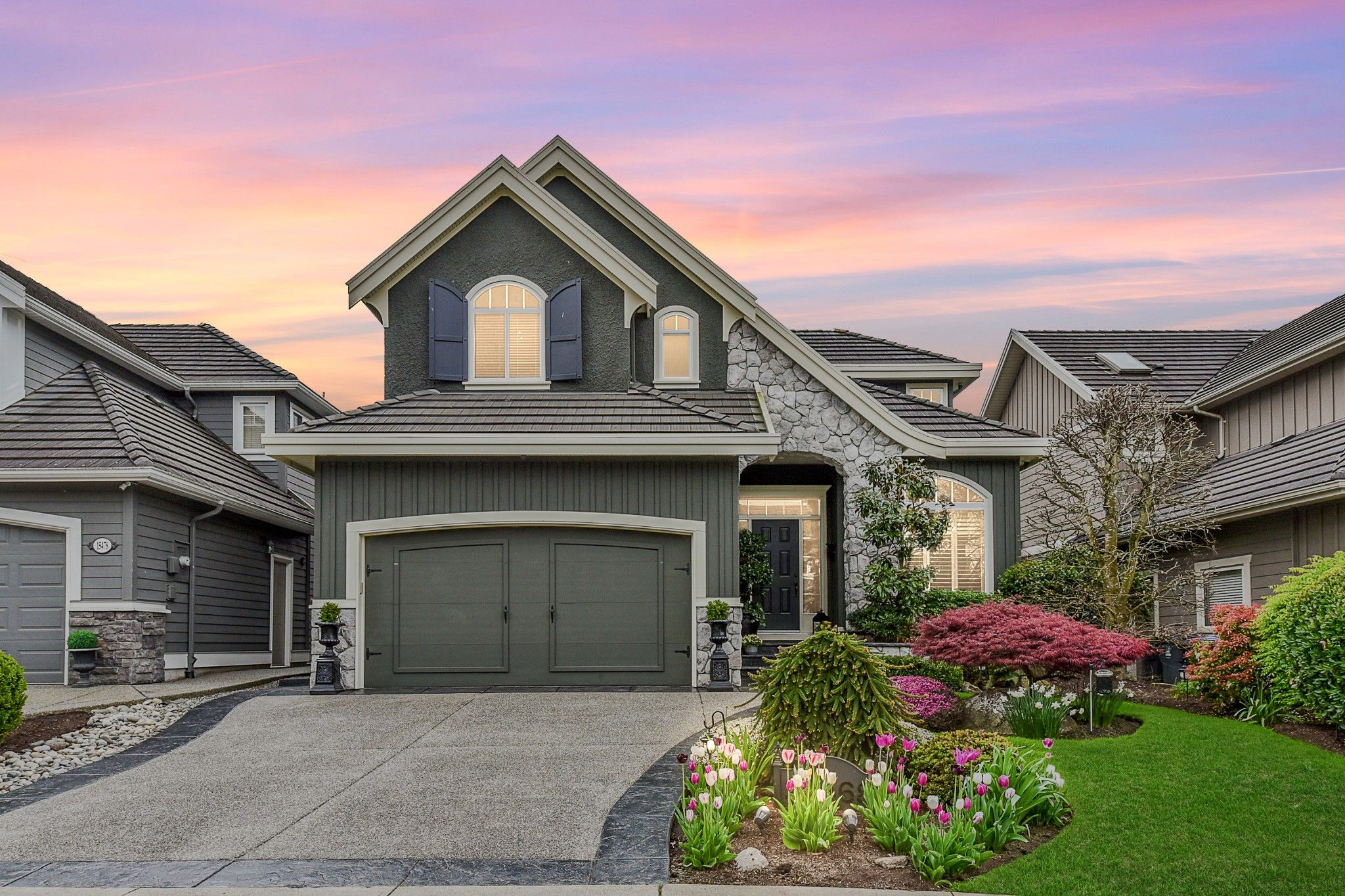 """Main Photo: 15468 37B Avenue in Surrey: Morgan Creek House for sale in """"Ironwood"""" (South Surrey White Rock)  : MLS®# R2573453"""