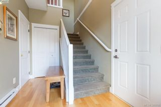 Photo 3: 2190 Longspur Dr in VICTORIA: La Bear Mountain House for sale (Langford)  : MLS®# 785727